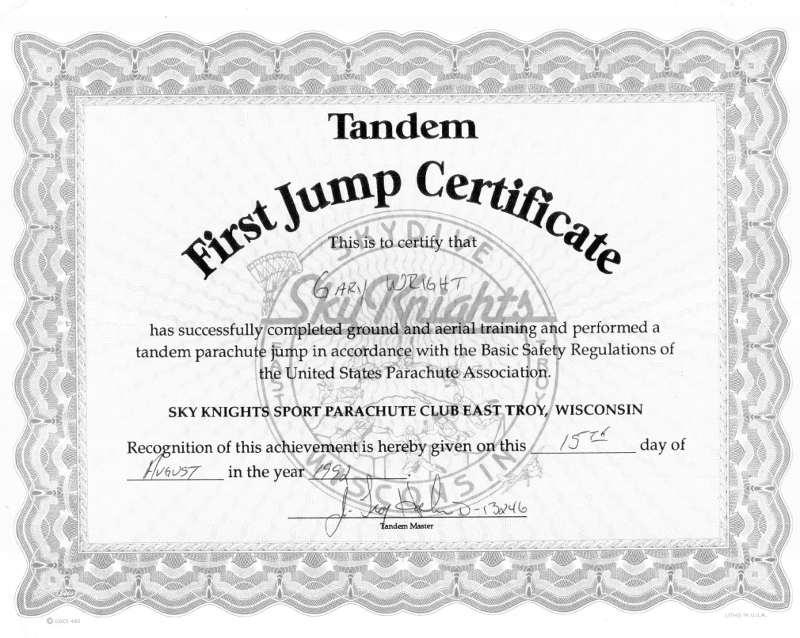 Gary Wright II receives certificate for skydiving training